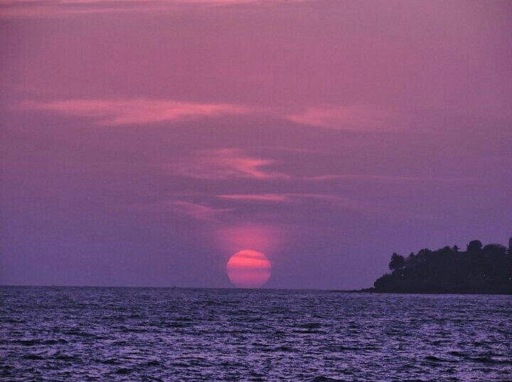 Sunset at marine drive.