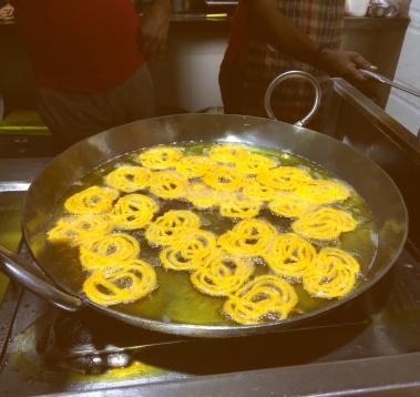 Garam Garam Jalebiya @K3 snacks and farsan, Powai