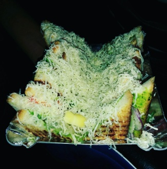 Overloaded with Cheese, Sandwich @Khau galli, Ghatkopar