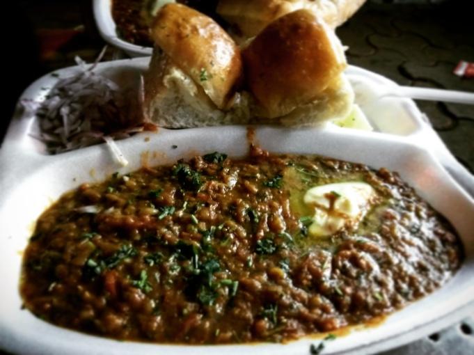 Only place in mumbai where pav bhaji is made purely in Butter @TSardar pavbhaji, Tardeo