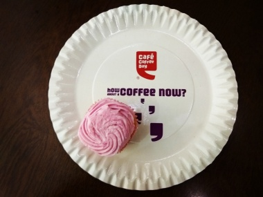 Cupcake with coffee @CCD, Ghatkopar