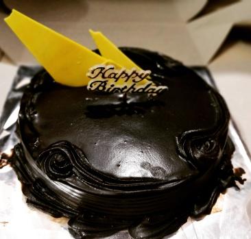 Chocolate loaded Cake @Hiranandani